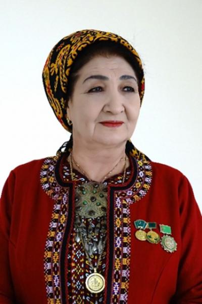 Akjagül Suhanowa